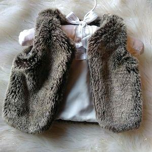 Carters Faux Fur Vest 3Months
